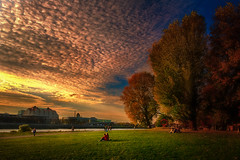 Autumn in Dresden (radonracer) Tags: autumn dresden elbe