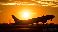 PH-BQB (tynophotography) Tags: klm 777200er phbqb boeing 777 772 sunset suncross
