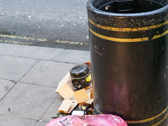 Charing Cross Road. 20181018T06-26-15Z (fitzrovialitter) Tags: england gbr geo:lat=5151394000 geo:lon=012944000 geotagged tottenhamcourtroad unitedkingdom peterfoster fitzrovialitter city camden westminster streets urban street environment london fitzrovia streetphotography documentary authenticstreet reportage photojournalism editorial daybyday journal diary captureone olympusem1markii mzuiko 1240mmpro microfourthirds mft m43 μ43 μft ultragpslogger geosetter exiftool rubbish litter dumping flytipping trash garbage