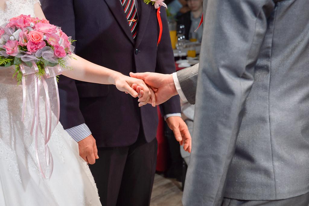 婚禮攝影/婚禮紀實/桃園彭園婚宴會館/育岷 & 亞如