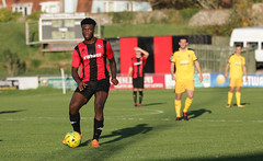 Lewes 2 Folkestone Invicta 0 20 10 2018-337-2.jpg (jamesboyes) Tags: lewes folkestoneinvicta football soccer fussball calcio voetbal amateur bostik isthmian goal score celebrate tackle pitch canon 70d dslr