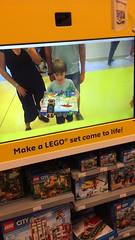 rainy day activity... (domit) Tags: lego shop newyork nyc usa movie vr virtual reality isaac domit jay video