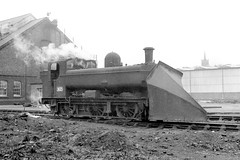 Tyseley snowplough (Garter Blue) Tags: steam loco engine 2a tyseley br 1966 1960s gwr pannier tank birmingham blackandwhite fiilm 35mm fed zorki