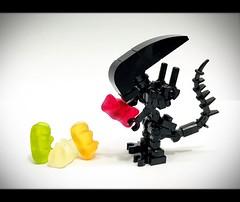 Lego MOC Xenomorphs (wind9221) Tags: xenomorph gummybear alien moc lego legomoc