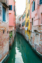 Venice Colors (Gorky1985) Tags: venice venedig italy italien street channel kanal water wasser colors farbe building architecture urban goran cosic nikon nikkor d5300 18105 town city