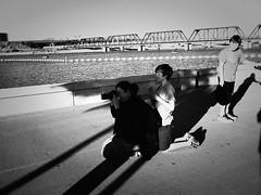 tempe PB027723 (m.r. nelson) Tags: tempe arizona az america southwest usa mrnelson marknelson markinaz streetphotography urban urbanlandscape artphotography documentaryphotography blackwhite bw monochrome blackandwhite grainy highcontrast noiretblanc