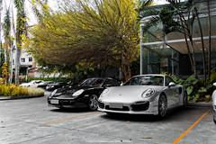 Porsche Cayman S & 911 Turbo (Jeferson Felix D.) Tags: porsche cayman s 987 porschecaymans987 porschecaymans porschecayman porsche987 911 turbo 991 porsche911turbo991 porsche911turbo porsche911 porsche991 canon eos 60d canoneos60d 18135mm rio de janeiro riodejaneiro brazil brasil worldcars photography fotografia photo foto camera