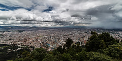Storm over Bogotá (Piotr_PopUp) Tags: monserrate bogotá colombia cityscape city storm cloud clouds cloudy rain fromabove latinamerica southamerica samyang 14mm wideangle