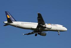 EI-DSE (Ken Meegan) Tags: eidse airbusa320214 3079 airone romefiumicino 2622009 rome fiumicino airbusa320 airbus a320214 a320
