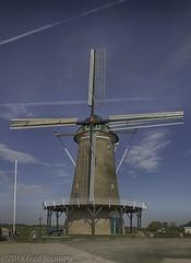 """De Hollandsche Molen"", Neede (Fred / Canon 70D) Tags: stellingmolen neede gelderland achterhoek windmill molen dehollandschemolen erfgoed thenetherlands hdrefexpro2 bwcirpolhtcmrcnanoxsprodigital72mmkäsemann käsemann bw sigma18300mmf3563dcmacrooshsmc sigma canon canon70d canoneos korenmolen"