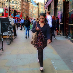IMG_1171c (Luxifurus) Tags: hip hipshot fromthehip candid unposed covert unaware secret stolen gimp commute london street portrait urban woman girl female pretty beautiful hands faces