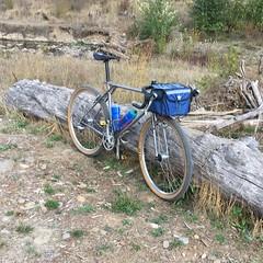 Voiding the warranty (Tysasi) Tags: photostream gravel bespokefopchariottm randonneuse randonneur bike 650b