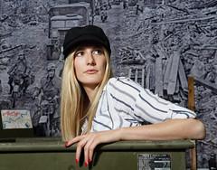 Porträt - Portrait 007 (Roger-Kersten) Tags: porträt portrait frau woman blondine blick blond