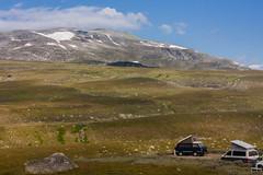 IMG_4952-1 (Andre56154) Tags: schweden sweden sverige landschaft landscape himmel sky fjäll gras wolke cloud mountain t6 t3 vw volkswagen camping schnee snow berg