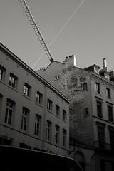 Street art (88pix) Tags: blackwhite streetart street art schwarzweis belgien brüssel fuji fujit1 fujifilm touit1832 1832