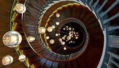 365 - Image 289 - Staircase revisited... (Gary Neville) Tags: 365 365images 5th365 photoaday 2018 sony sonycybershotrx100vi rx100vi vi garyneville