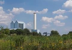 Kraftwerk Tiefstack von der Wasserkunst aus gesehen (Hamburg) (Teelicht) Tags: deutschland germany hamburg heizkraftwerk kaltehofe kraftwerktiefstack wasserkunst heatingplant