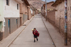 Street Portrait, Maras (Geraint Rowland Photography) Tags: colourstreetphotography child baby family peru peruvianchild peruvianfamily streetportrait maras cusco sacredvalley southamericantravel poverty lifeinperu wwwgeraintrowlandcouk wanderlust livinginperu canonperu streetphotographyperu latam peruvianairlines minceturperu geraintrowlandportraitphotography candidmoments travelog traveller motherhood