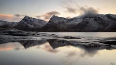Reflexion à Senja (**Meg's Photos**) Tags: tungeneset norvège senja troms norway berg no