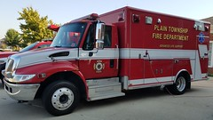 Medic 123 (Central Ohio Emergency Response) Tags: plain township new albany fire department division truck ambulance medic ems international