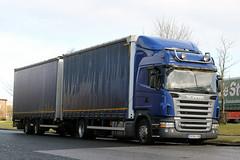 RA 941AN (Cumberland Patriot) Tags: sk slovakia scania r380 highline high line ra941an drawbar draw bar drag derv diesel engine road vehicle blue curtain side truck wagon