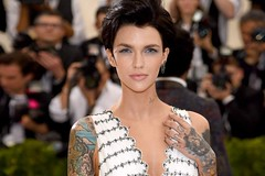 Who is Ruby Rose? (katalaynet) Tags: follow happy me fun photooftheday beautiful love friends