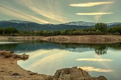 Segovia, Embalse del Pontón Alto (marianoabad1) Tags: segovia sierradeguadarrama mzuiko1240mmf28 mzuiko omdem1markii olympus naturalezanature amanecer lago fotografíadepaisaje paisajes landscapephotography landscape