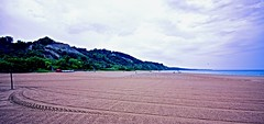 CLEAN BEACH, ACA PHOTO (alexanderrmarkovic) Tags: scarboroughbluffsbeach acaphoto lakeontario ontario canada