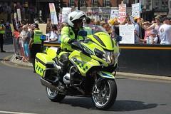 HX17 GHA (JKEmergencyPics) Tags: hants hampshire police bmw r 120 rt r1200 1200 motorcycle roads policing unit rpu windsor