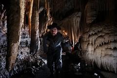 A L'ancienne! (Pierre Divoux) Tags: cave cavers caving spéléologie grotte châteaudelaroche chamesole doubs rivière ancien lampe acétilène concrétions