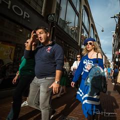 Hummel @ Amsterdam (PaulHoo) Tags: amsterdam city urban citylife people candid streetphotography color vibrant sun summer shadow shopping 2018 nikon d750 ultrawideangle wideangle samyang 14mm