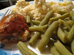 Chicken Dinner. (dccradio) Tags: lumberton nc northcarolina robesoncounty indoor indoors inside food eat supper dinner lunch meal chicken rice chickenandrice greenbeans beans veggies vegetables meat plate corelle canon powershot elph 520hs