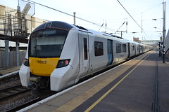 Thameslink Desiro City 700025 (Will Swain) Tags: london kings cross station 17th may 2018 greater city centre capital south train trains rail railway railways transport travel uk britain vehicle vehicles england english peterborough thameslink desiro 700 class williamsdigitalcamerapics101 700025 025 25