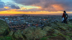 Enjoying the view (MilesGrayPhotography (AnimalsBeforeHumans)) Tags: 2470 fe2470mmf4zaoss architecture auldreekie autumn a7rii sonya7rii britain bridge balmoralclocktower city cityscape castle crags salisburycrags castlerock dusk edinburgh europe evening edinburghcastle fe f4 firthofforth fife kingdomoffife glow goldenhour historic historicscotland iconic ilce7rm2 sonyilce7rm2 kirk landscape lens landscapephotography monument mountains nd nighfall outdoors old oss ocean oldtown photography photo pano rocks ruins scotland scenic sky skyline sunset sunlight sunshine sony scottish scottishlandscapephotography town twilight uk unitedkingdom unesco village volcano zeiss