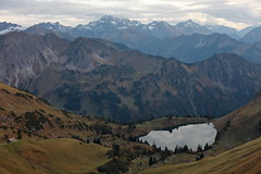 seealpsee (II) (bkellerstrass) Tags: alps alpen see wasser bergsee seealpsee allgäu bayern oberstdorf nebelhorn nebelhornbahn herbst