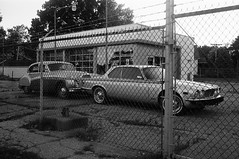 Saint Louis, MO (cestlameremichel) Tags: bnw minolta dynax 40 filmisnotdead ilford super xp2 400 monochrome monochromatic analog analogue analogica argentique 35mm film route 66 oklahoma illinois missouri kansas roadtrip