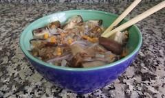 Sopa de fideos de soja con verdura y shiitake (tone_michel) Tags: recetas de cocina