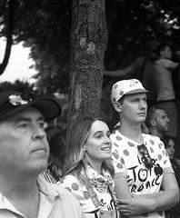 During the last stage of the Tour de France (Paris - July 2018) (flemi) Tags: pentax mz5n ilford delta400400 noiretblanc blackandwhite nb bw paris france tourdefrance