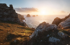 Good night Pen hir (jonathan le borgne) Tags: sunset light sun breizh bzh coast sea ocean mer côte seascape paysage bord de rochers rocks winter penhir crozon presquile camaret westcoast bretagne