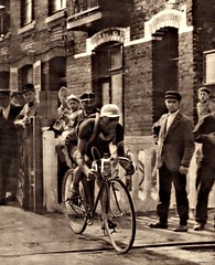 1935 TDF Romain Maes on his way to stage victory... (Sallanches 1964) Tags: tourdefrance 1935 romainmaes lagrandeboucle roadcycling belgiancyclists tourdefrancewinners