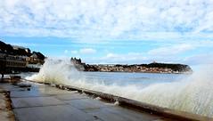 Sunny Scarborough 22/09/18 (nikola swann) Tags: scarborough northeastcoast northyorkshire sea waves coast yorkshire