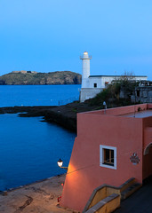 Ventotene (Antti Tassberg) Tags: csfb italy santostefano majakka ventotene travel ilta evening lighthouse twilight