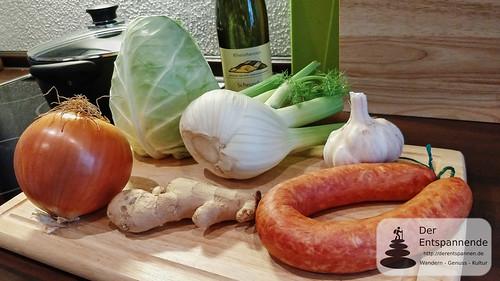 Zutaten Spitzkohl-Fenchel-Süßkartoffel-Pfanne mit Bratwurst (Süßkartoffel fehlt)