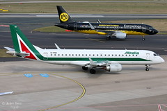 Alitalia Cityliner (ab-planepictures) Tags: eddl dus düsseldorf flugzeug flughafen airport aircraft plane planespotting aviation