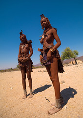 Himba tribe women covered with otjize, Cunene Province, Oncocua, Angola (Eric Lafforgue) Tags: adults africa africantribe angola bodypainting colourimage cultures cuneneprovince day developingcountries fulllength hairextension herero himba humanbeing indigenousculture lifestyles lookingatcamera necklace nonurbanscene ochre oncocua ornament otjize outdoors photography portrait ruralscene topless traditionalclothing tribal tribe twopeople vertical womenonly anga4486409 ao