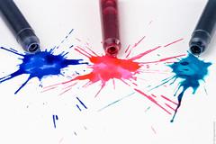Splash (Dingens-Kirchen) Tags: tinte spritzer fleck splash farben rot blau türkis patrone flickrfriday ink