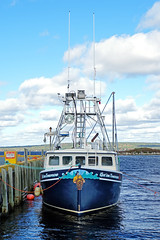 DSC03352 - Get'em Tomorrow (archer10 (Dennis) 196M Views) Tags: sony a6300 ilce6300 18200mm 1650mm mirrorless free freepicture archer10 dennis jarvis dennisgjarvis dennisjarvis iamcanadian novascotia canada lighthouseroute southshore fishing boat portmedway getemtomorrow