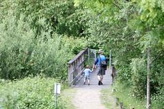 Mile End Park 2016 (towerhamletscouncil) Tags: mile end park visitors parent child walking