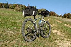 Genesis Longitude (hans.hirsch) Tags: hardtail genesis bike bicycle bicyclette cycle velo fahrrad longitude mountain vtt tour steel stahl rahmen fer frame cadre carradice saddlebag super c handelbar bag cotton