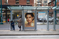 Stewart's Stop (cookedphotos) Tags: 2018inpictures toronto ontario canada ca ttc streetcar stop commute transit advertisement kristenstewart chanel gabrielle mother child wait model streetphotography 365project p3652018